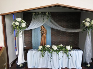 Our Lady's Altar: by Jackie Worrall & Rebecca Hogan